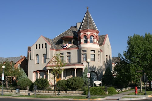 Great Place to stay Nagle Warren Mansion B&B near Cheyenne