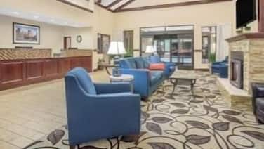 Ramada by Wyndham Denver International Airport