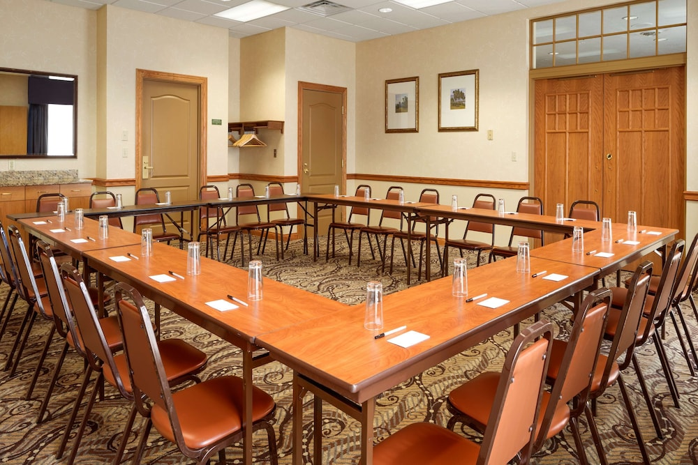 Meeting Facility, Country Inn & Suites by Radisson, Cuyahoga Falls, OH