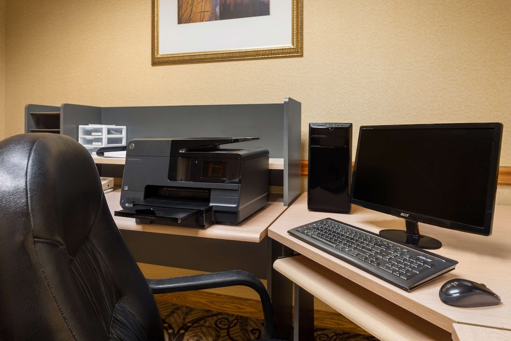 Business Center, Country Inn & Suites by Radisson, Cuyahoga Falls, OH
