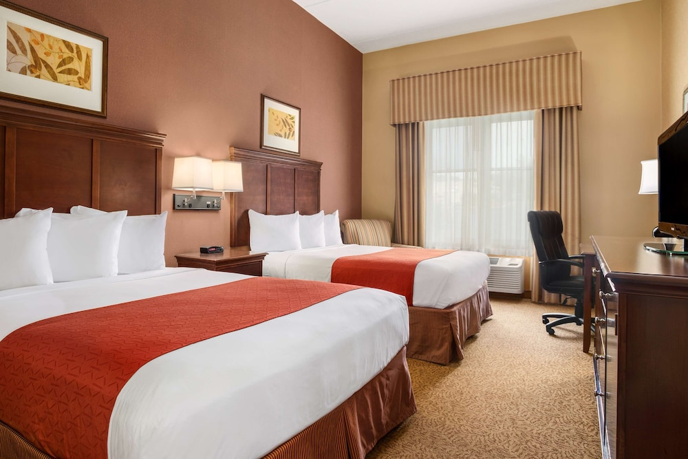 Room, Country Inn & Suites by Radisson, Cuyahoga Falls, OH