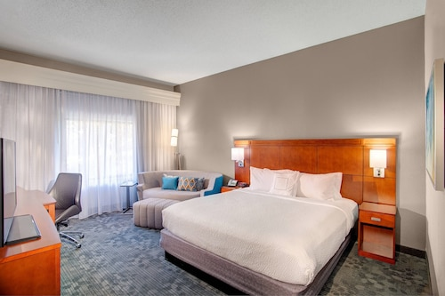 Courtyard by Marriott Columbia Northeast/Fort Jackson Area