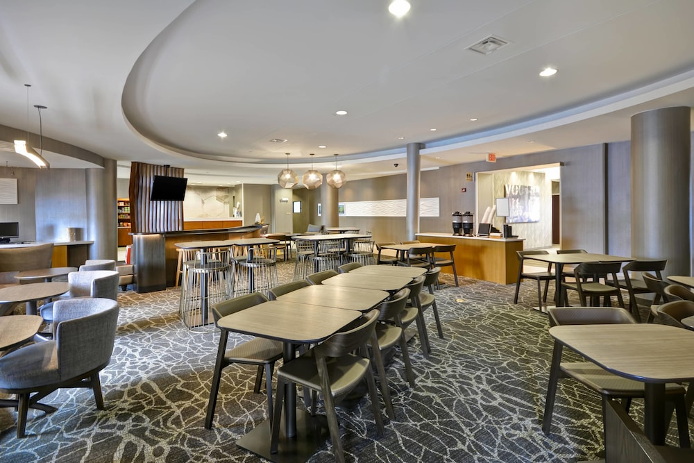 Restaurant, SpringHill Suites Lexington Near the University of Kentucky