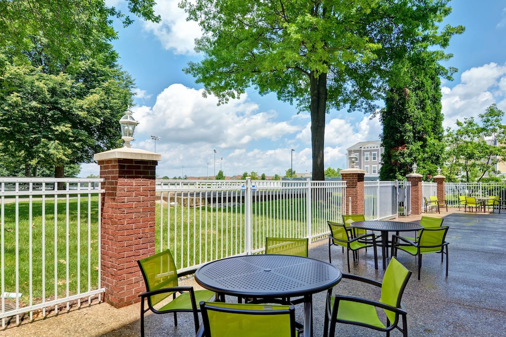 BBQ/Picnic Area, SpringHill Suites Lexington Near the University of Kentucky