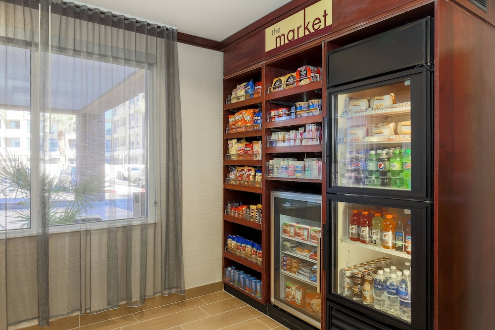 Snack Bar, Fairfield Inn and Suites by Marriott Las Vegas South