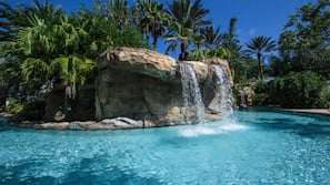 11 outdoor pools, open 8:00 AM to 11:00 PM, pool umbrellas, sun loungers