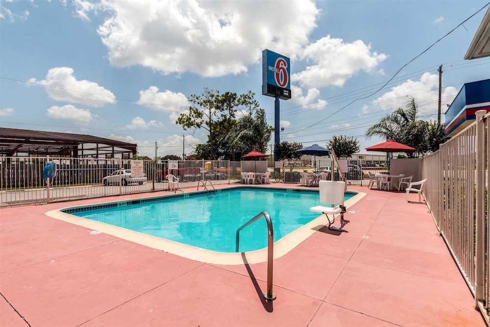 Featured Image, Motel 6 Victoria, TX