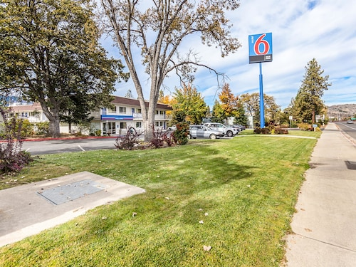 Great Place to stay Motel 6 Yreka near Yreka