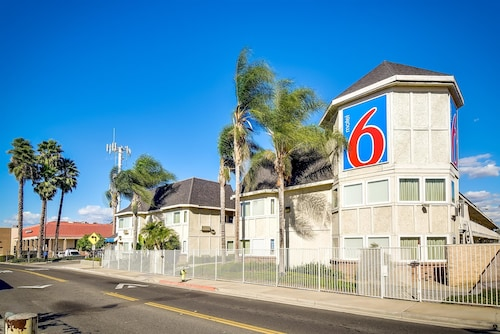 Great Place to stay Motel 6 Riverside South near Riverside