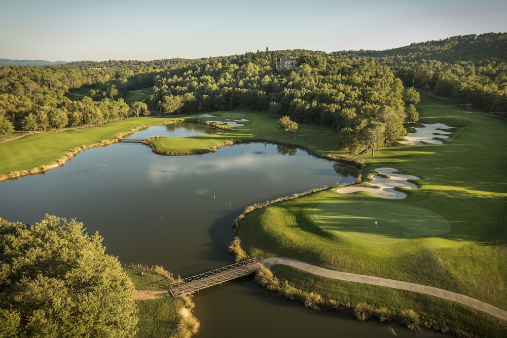terre blanche hotel spa golf resort in tourrettes hotel rates reviews on orbitz. Black Bedroom Furniture Sets. Home Design Ideas
