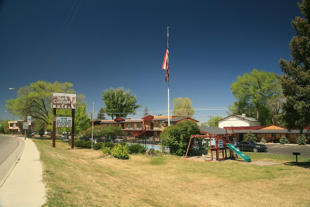 Children's Play Area - Outdoor, Black Canyon Motel