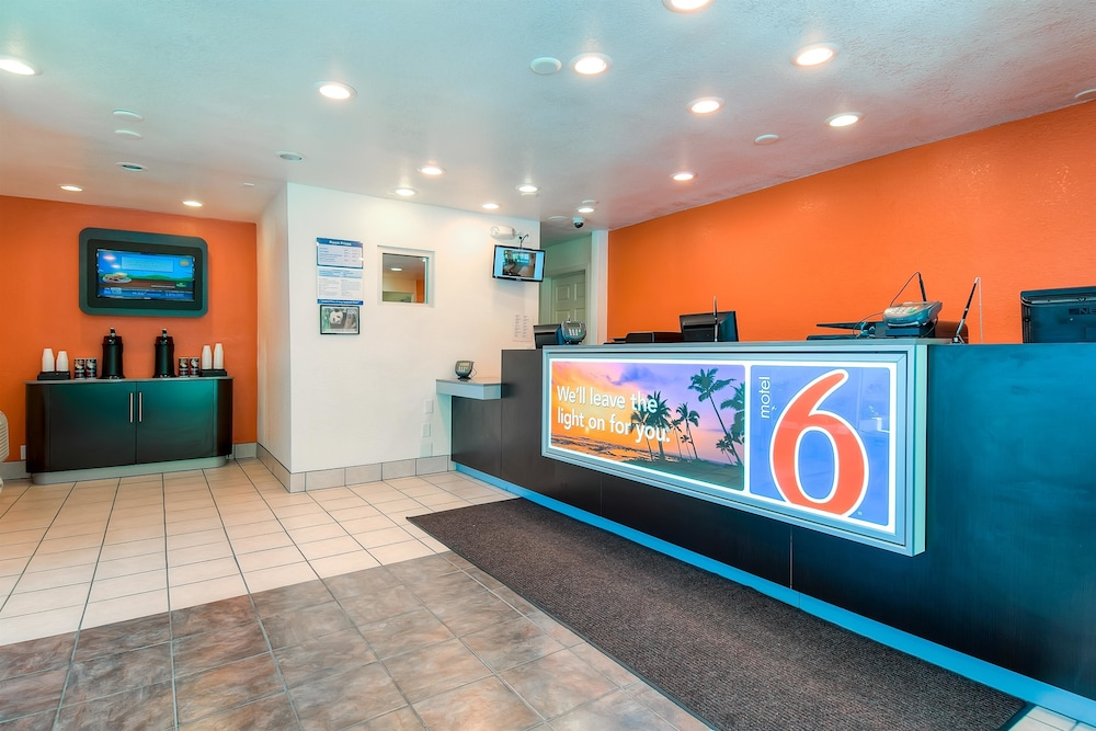 Reception, Motel 6 San Diego, CA - Hotel Circle - Mission Valley