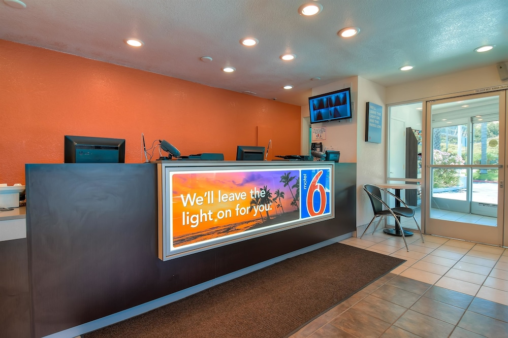 Lobby, Motel 6 San Diego, CA - Hotel Circle - Mission Valley
