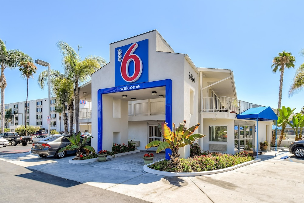 Front of Property, Motel 6 San Diego, CA - Hotel Circle - Mission Valley