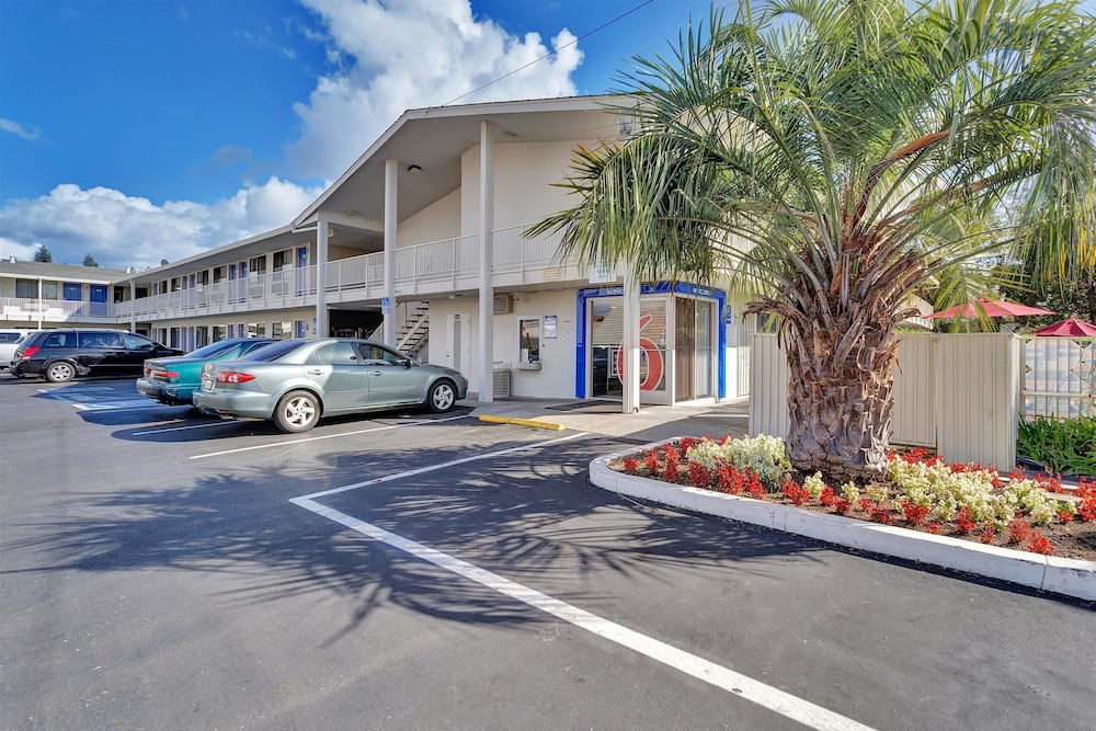Featured Image, Motel 6 Santa Rosa, CA - South