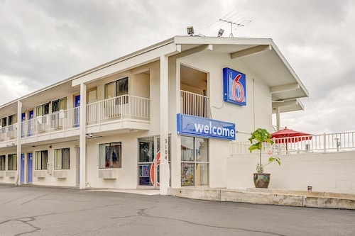 Great Place to stay Motel 6 Portland Central near Portland