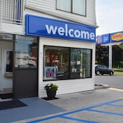Motel 6 Southington, CT - Hartford