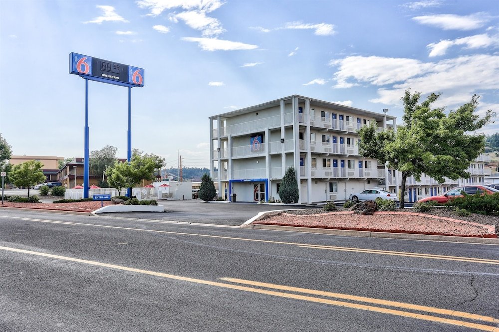 Featured Image, Motel 6 Flagstaff, AZ - East