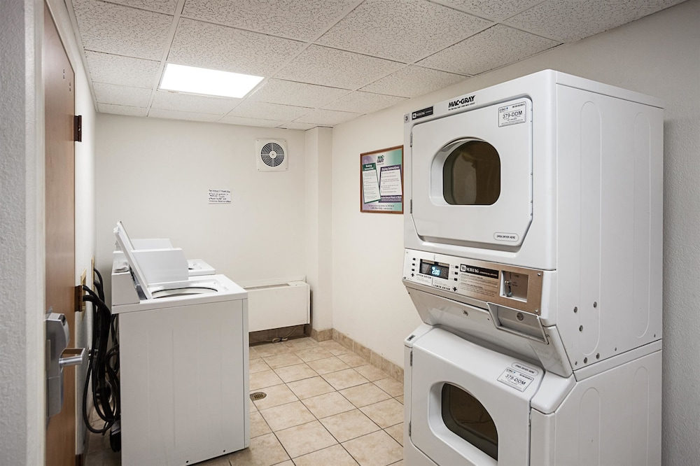 Laundry Room, Motel 6 Binghamton, NY