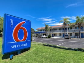 Motel 6 Pomona, CA - Los Angeles