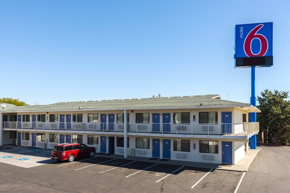 Featured Image, Motel 6 Reno, NV - West