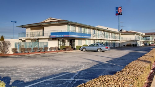 Great Place to stay Motel 6 Owensboro near Owensboro