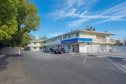 Check Expedia for Availability of Motel 6 Red Bluff