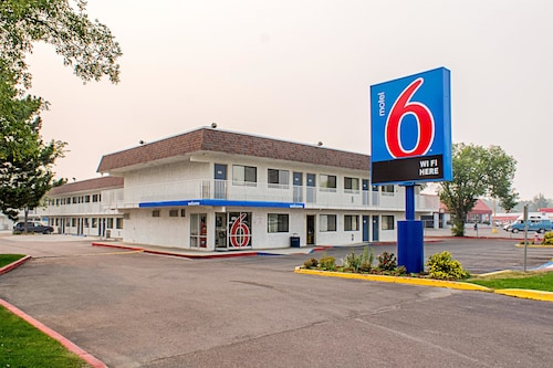 Cheap Hotels in Kalispell - Find $50 Hotel Deals   Travelocity