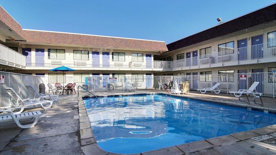 Motel 6 Lubbock, TX