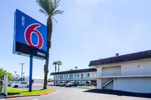 Motel 6 Indio, CA - Palm Springs