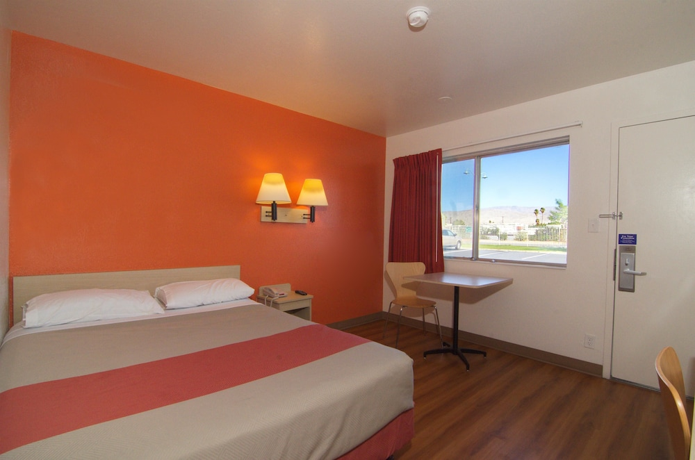 Room, Motel 6 Indio, CA - Palm Springs