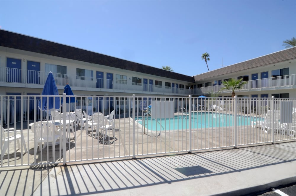 Pool, Motel 6 Indio, CA - Palm Springs