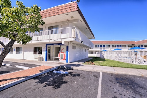 Motel 6 Pittsburg. CA