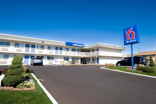 Great Place to stay Motel 6 Pendleton near Pendleton