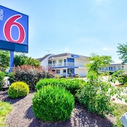 Motel 6 Windsor Locks, CT - Hartford