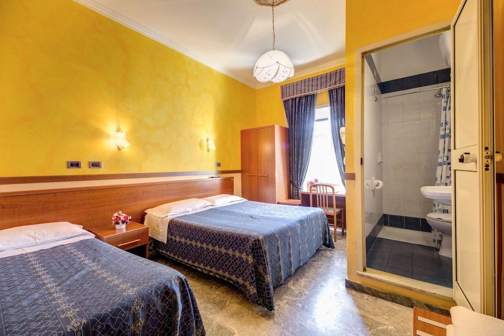 Book Hotel Soggiorno Blu  Rome Hotel Deals