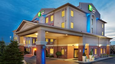 Holiday Inn Express Hotel & Suites Barrie