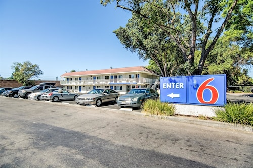 Motel 6 Stockton, CA - North