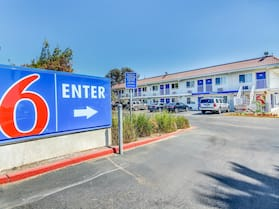 Motel 6 Stockton, CA - Charter Way West