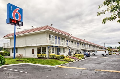 Great Place to stay Motel 6 Everett South near Everett