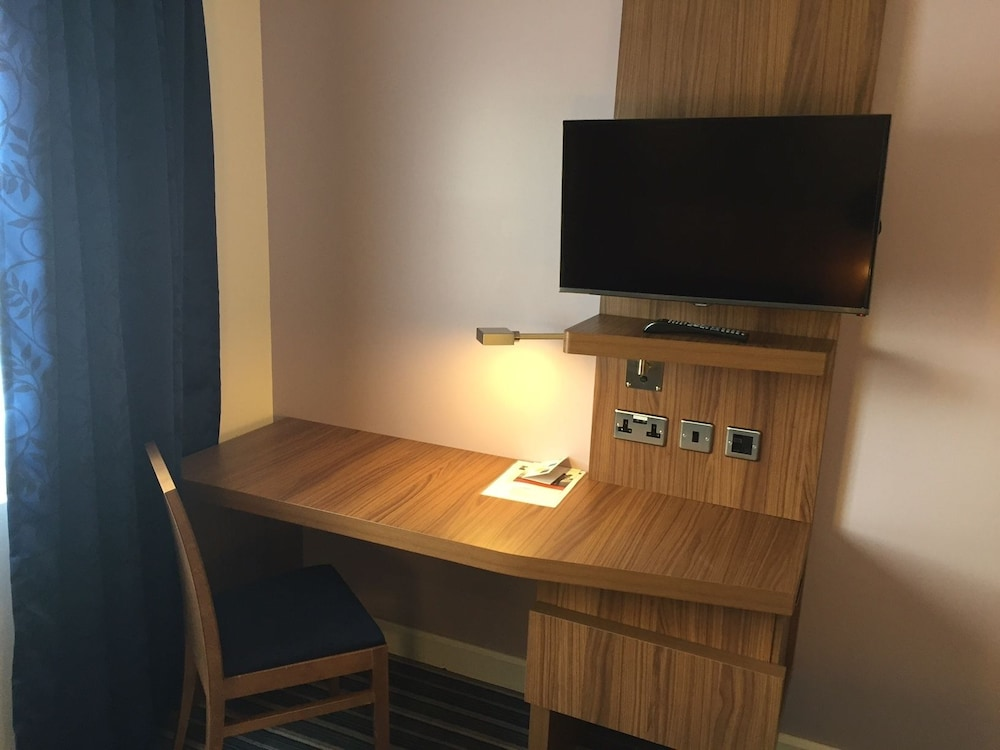 Room Amenity, Holiday Inn Express Chester - Racecourse