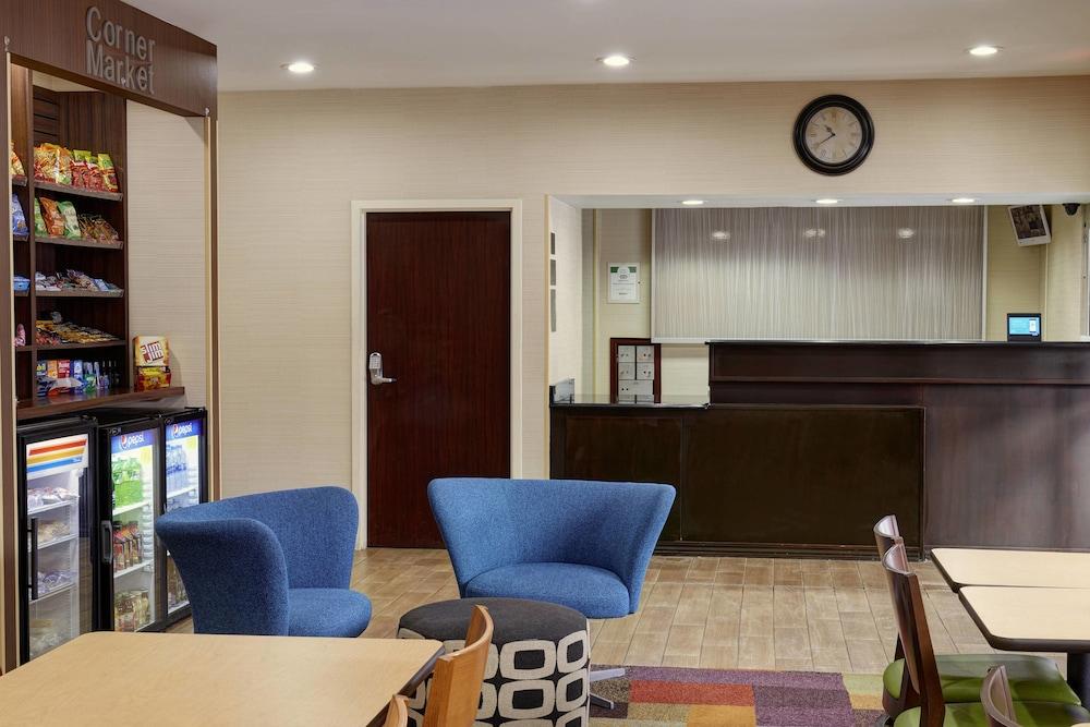 Fairfield Inn U0026 Suites By Marriott Detroit Farmington Hills ...