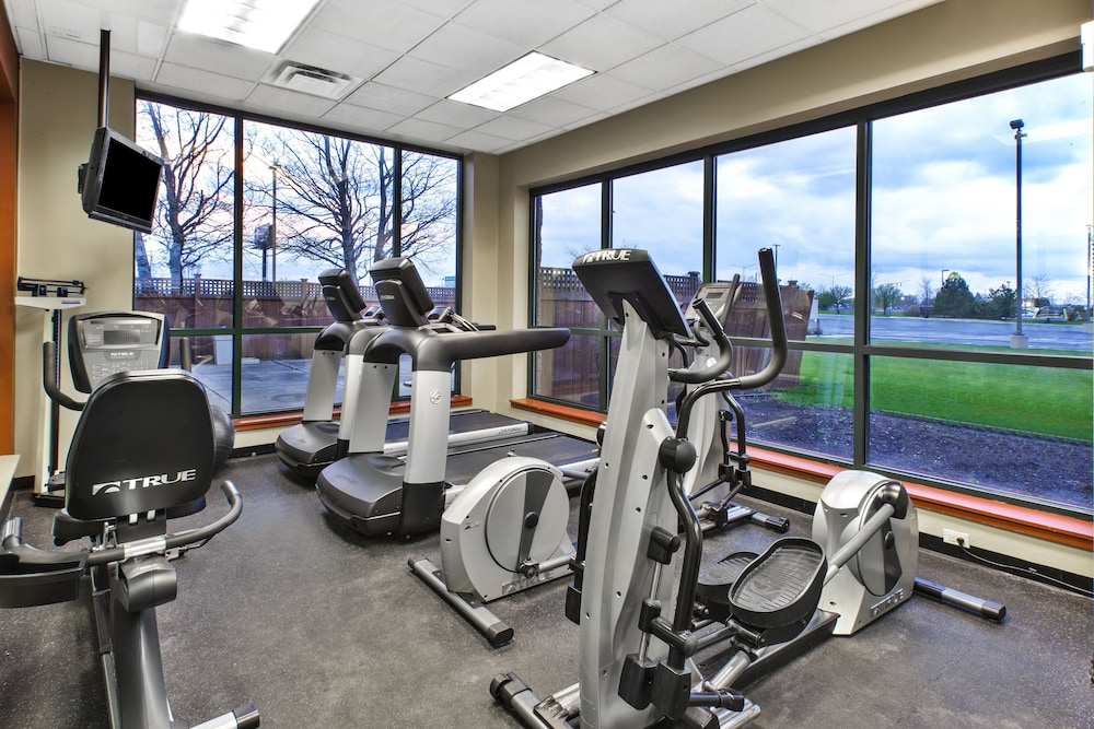 Fitness Facility, Holiday Inn Hotel & Suites Bolingbrook