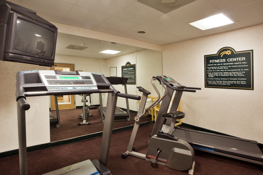 Fitness Facility, Holiday Inn Express & Suites Hiawassee, an IHG Hotel