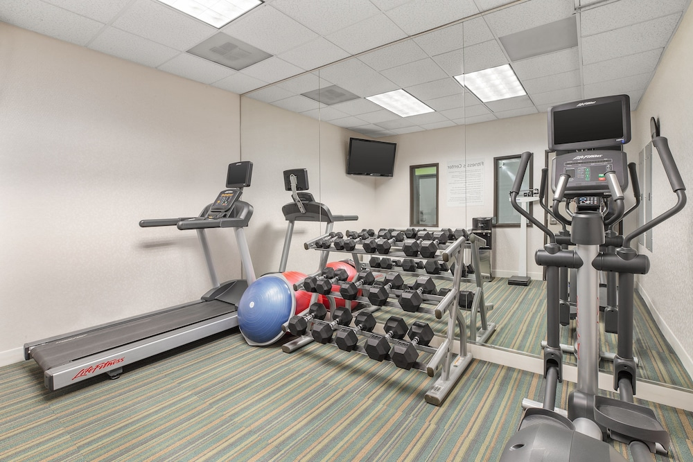 Fitness Facility, Holiday Inn Express & Suites Tacoma