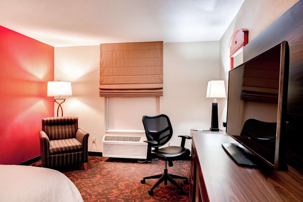 Room, Hampton Inn St Joseph