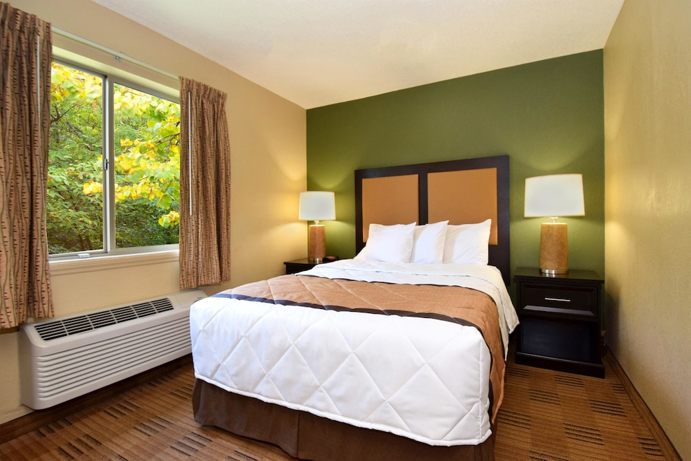 Room, Extended Stay America - Wichita - East