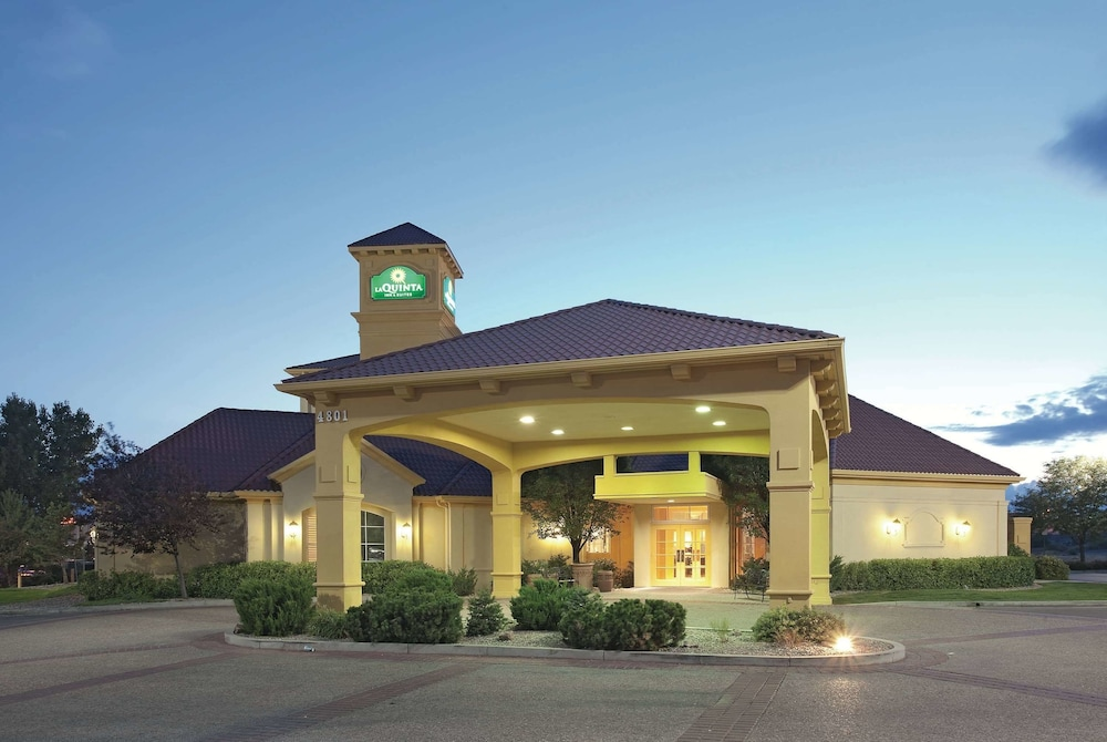 Featured Image, La Quinta Inn & Suites by Wyndham Pueblo