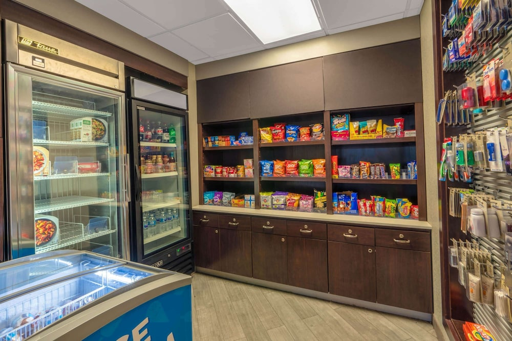 Property Amenity, La Quinta Inn & Suites by Wyndham Pueblo