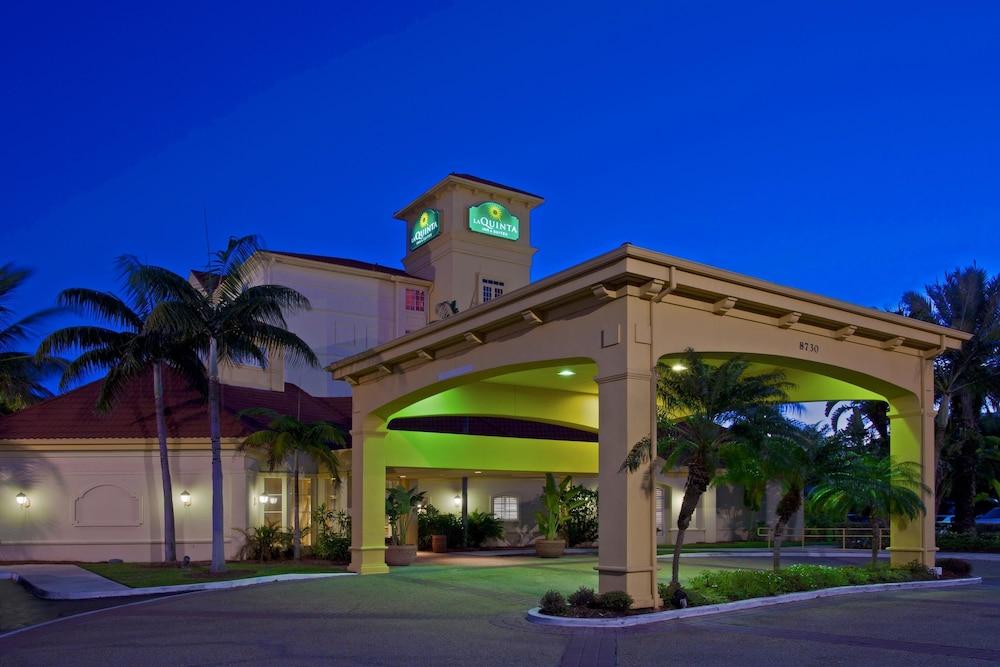 La Quinta Inn  U0026 Suites Miami Airport West